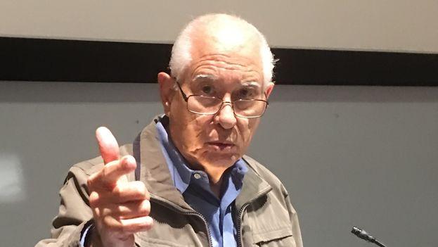 El economista y académico cubano Carmelo Mesa Lago. (14ymedio)