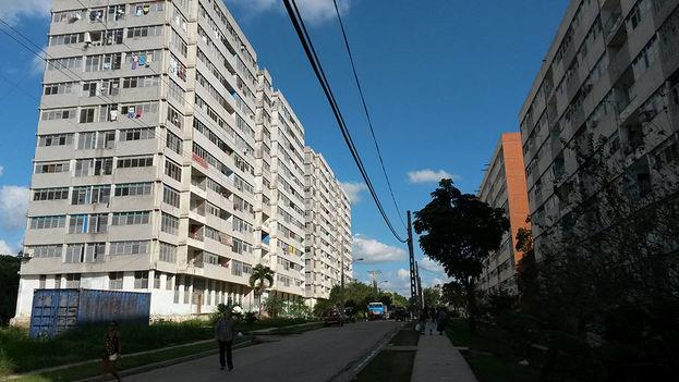 Un edificio de 14 plantas. (14ymedio)