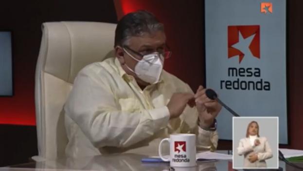 """""""Con la reducción de costo en la generación de electricidad se va a beneficiar todo el mundo"""", aseguró Marino Murillo Jorge. (14ymedio)"""