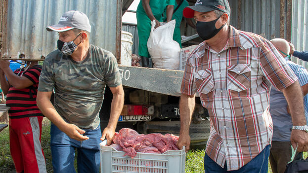 Los ganaderos vendieron la carne sacrificada a los vecinos de Los Pinos. (Adelante)