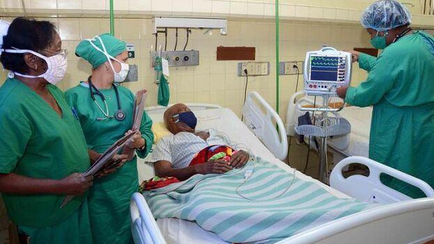 Los hospitales de Cienfuegos tienen su personal reducido a casi la mitad. (Perlavisión)