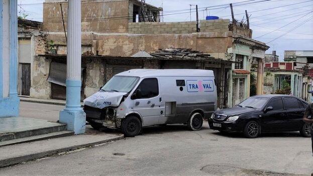 El choque sucedió en la intersección de Fábrica y Arango, en la barriada habanera de Luyanó. (14ymedio)