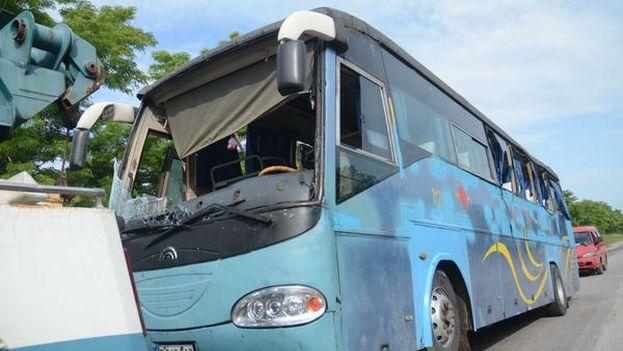 El accidente tuvo lugar en la madrugada de este sábado en el kilómetro 327 de la Autopista Nacional. (ACN)