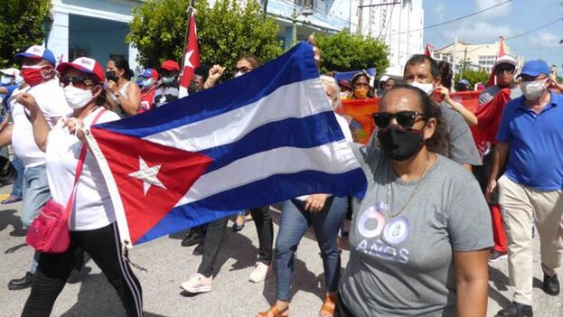 """Este miércoles también se reportan """"actos de reafirmación revolucionaria"""" en algunos puntos de La Habana. (Granma)"""