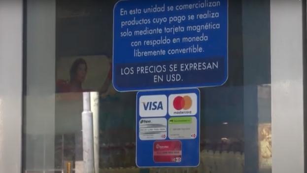 El Gobierno ha creado un sistema en el que los cubanos viven segregados en función de la moneda que poseen. (Captura)