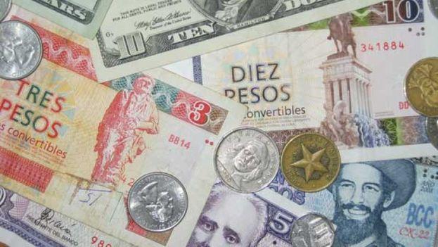 La moneda nacional, el peso convertible y el dólar americano mueven la economía formal e informal en Cuba.