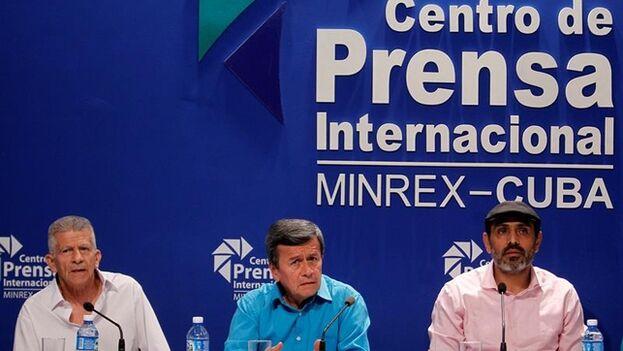 Las autoridades cubanas se han negado a extraditar a los negociadores, escudada en el pacto firmado por el anterior gobierno de Juan Manuel Santos. (EFE)