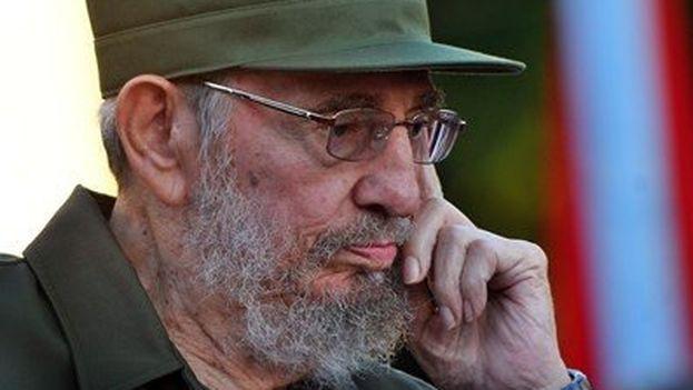 Durante más de una década, desde el 26 de julio del 2006 hasta el 25 de noviembre de 2016, Fidel Castro vivió con un pie en la tumba. (EFE/Alejandro Ernesto)