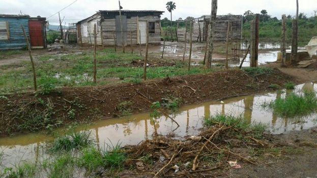 La periferia de Candelaria  se encuentra entre las zonas más afectadas por las lluvias. (14ymedio)
