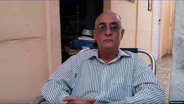El abogado y periodista, que ha cumplido más de la mitad de su pena, ha sufrido problemas de salud en la cárcel y ha descrito en notas publicadas por el medio digital CubaNet el hacinamiento, la mala calidad de agua y alimentos y la falta de atención sanitaria.