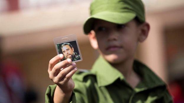 El culto a la personalidad de Fidel Castro ha llegado a tomar dimensiones mesiánicas, incluso después de su muerte y supuestamente contra su voluntad. (EFE)