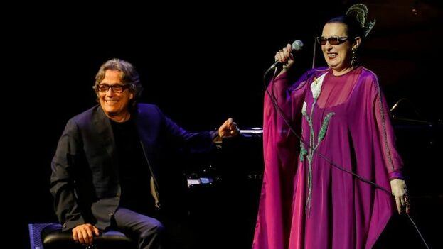 El pianista gaditano Chano Domínguez y la cantante Martirio durante un espectáculo en recuerdo del gran pianista y cantante cubano Ignacio Villa, más conocido como Bola de Nieve. EFE/ Javier Etxezarreta/Archivo