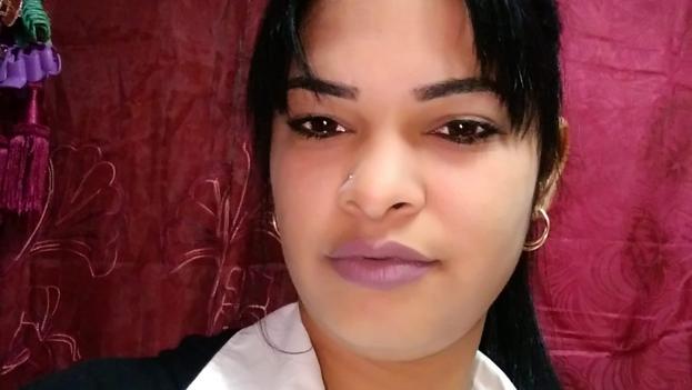 El presunto asesino atacó también con el arma blanca, al padre de la víctima y a su hermana. (Facebook)