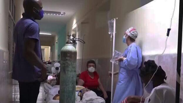 Del total de casos registrados en hospitales, 47 son reportados en estado grave y 146 con diagnóstico crítico. (Captura)