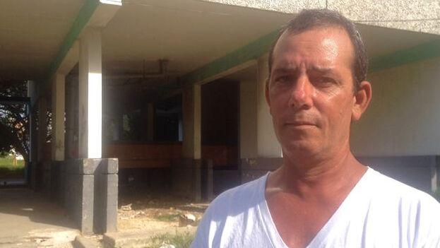El reportero fue arrestado a mediados de este mes, luego de recibir una citación para la unidad de policía de Zapata y C, en El Vedado. (14ymedio)