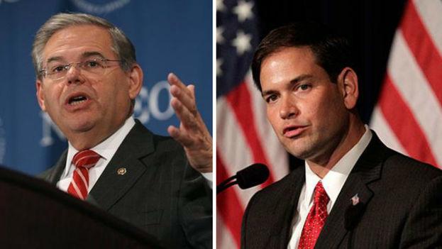 El senador demócrata Robert Menéndez y el senador republicano Marco Rubio lanzaron un proyecto de ley para frenar los vuelos entre Cuba y EE UU. (EFE)