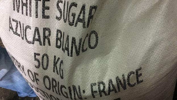 El azúcar que este mes de septiembre se distribuyó por la canasta básica del mercado racionado proviene de Francia. (14ymedio)