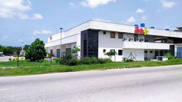 Una de las tiendas que se habilitará para la venta en divisas en la ciudad de Sancti Spíritus. (14ymedio)