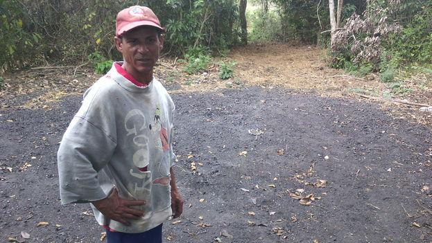 La tierra quemada evita que el horno se vuele. (14ymedio)
