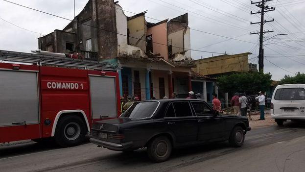 La vivienda que colapsó se encuentra en una céntrica avenida de la ciudad de Pinar del Río. (14ymedio)