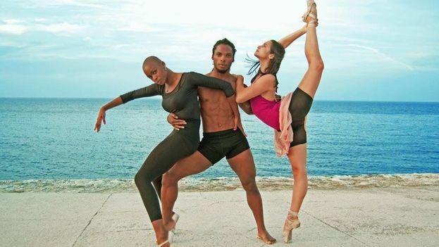 Acosta Danza se presentará este viernes por primera vez en el Gran Teatro de La Habana. (Facebook)