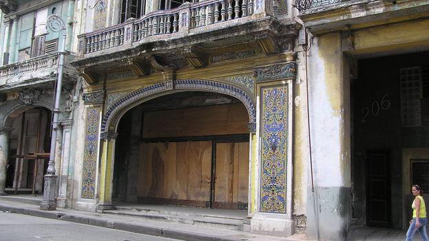 La Antigua Sociedad Española de Baile en La Habana. (BDG)