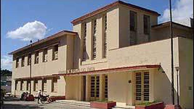 La Biblioteca Roberto Rivas Fraga de Ciego de Ávila. (Blog Ciego de Ávila. Cuba)