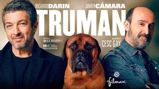 Cartel de la película 'Truman' la gran ganadora de los 30 Premios Goya con cinco galardones, a mejor película, director, guion original, actor protagonista y secundario.