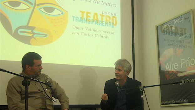 Carlos Celdrán durante su conversatorio en la Consejería Cultural de la Embajada de España en La Habana. (14ymedio)