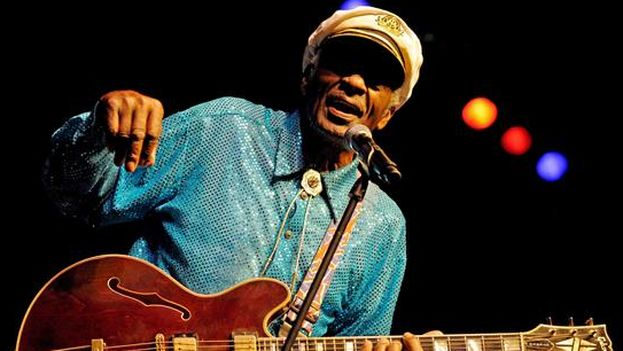 Chuck Berry, uno de los grandes padrinos del rock, fallece a los 90 años. (EFE)