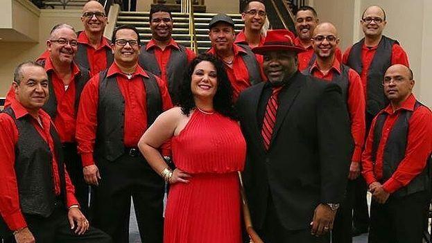 El grupo de salsa puertorriqueño Conjunto Sabrosura, dirigido por el cubano Ihosvany Negret. (conjuntosabrosura.com)