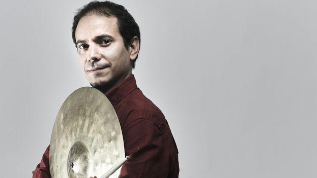 Dafnis Prieto, de 44 años y nacido en Santa Clara, es reconocido como un talentoso percusionista y compositor. (dafnisonmusic.com)