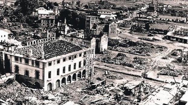 Imagen de 1940 de Guernica, cuando la Dirección General de Regiones Devastadas inició su reconstrucción. Foto: EFE