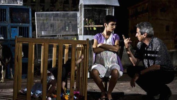 Fernando Pérez rodando 'Últimos días en La Habana'.