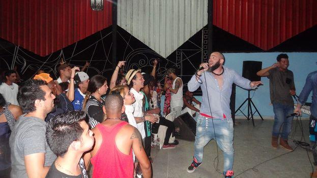 El Festival Trakean2, que concluyó este lunes en Camagüey, dio voz a intérpretes de rap, hip hop y otros géneros urbanos. (14ymedio)