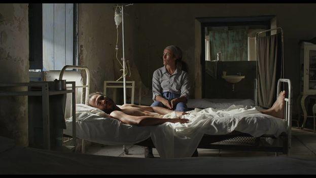 Fotograma del filme de Carlos Lechuga 'Santa y Andrés'. (Facebook)