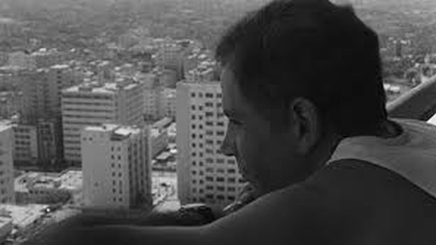 Fotograma de 'Memorias del subdesarrollo' (1968), de Tomás Gutiérrez Alea. (Youtube/captura de pantalla)