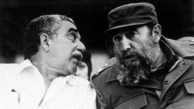 Gabriel García Márquez con Fidel Castro. (Archivos GGM)