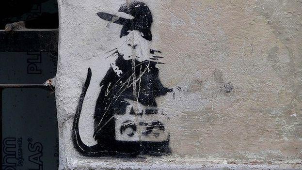 La obra 'Gangster Rat' en las calles de La Habana. (capturingbanksy.wordpress.com)