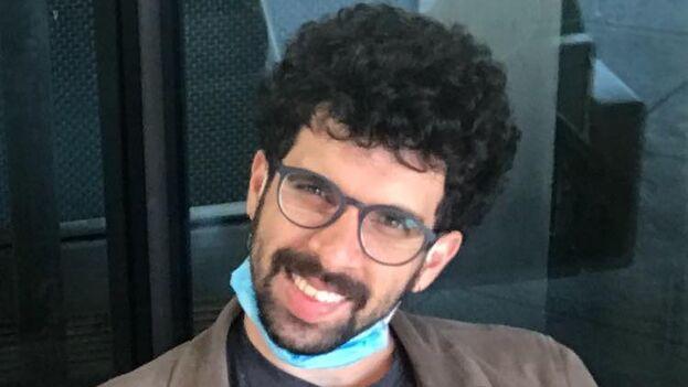 Carlos Manuel Álvarez fue Premio Don Quijote de Periodismo este año por el artículo 'Tres niñas cubanas'. (EFE)