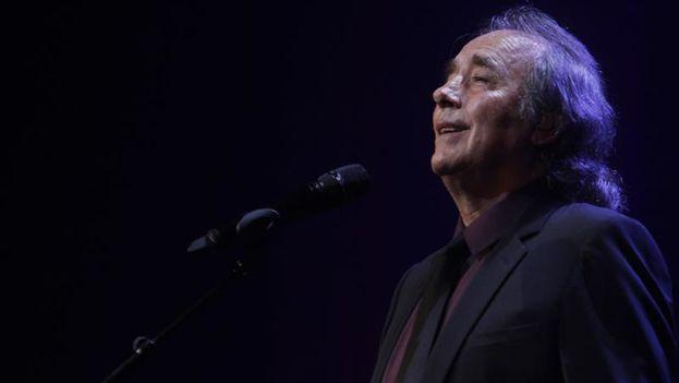 Joan Manuel Serrat en Montevideo, en el primer concierto de su gira 'Antología desordenada'. (EFE/Hugo Ortuño)