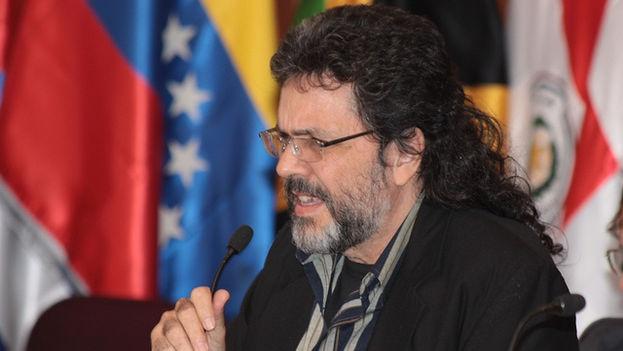 Abel Prieto, asesor del presidente Raúl Castro para temas culturales, en un foro de Ministros de Cultura de América Latina y el Caribe en 2010. (Ministerio de Cultura de Ecuador)