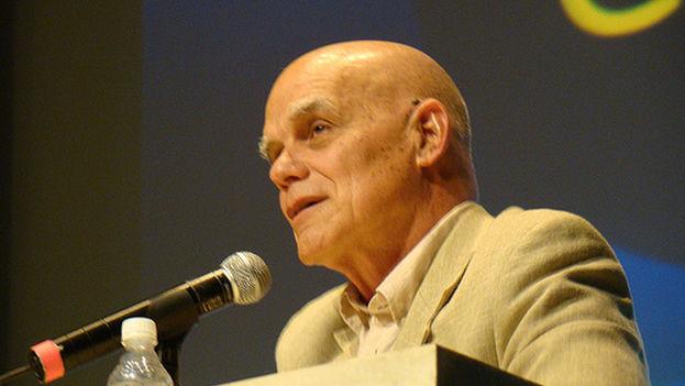 El escritor cubano Pedro Juan Gutiérrez. (Imagens Portal SESCSP)
