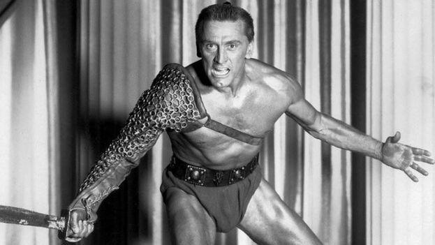 Pese a la gloria alcanzada, especialmente en su inolvidable papel de Espartaco, Douglas nunca consiguió un Oscar.