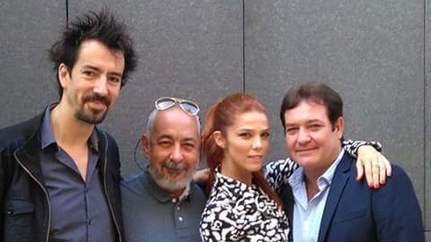 Félix Viscarret, Leonardo Padura, Juana Acosta y Jorge Perugorría este jueves en San Sebastián para presentar la película 'Vientos de La Habana'. (TornasolFilms)