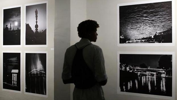 La mirada del lagerfeld fot grafo llega a cuba como for Karl lagerfeld fotografo