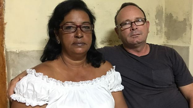 Zelandia de la Caridad Pérez y Juan Moreno fueron detenidos en el municipio de Bauta tras impartir un taller sobre observadores electorales. (14ymedio)