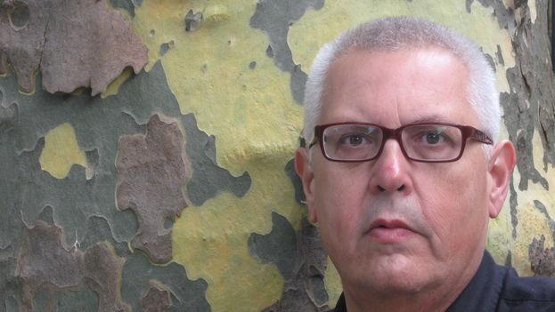 El poeta cubano Víctor Rodríguez Núñez. (Wikicommons)