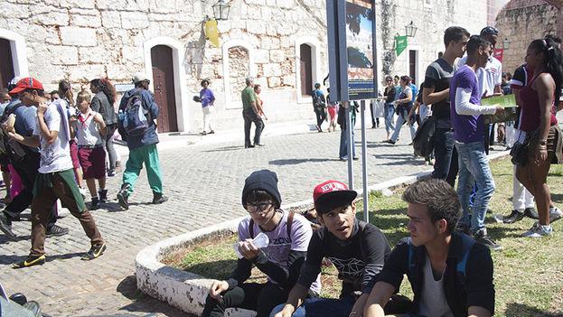 Los jóvenes también participan de la Feria