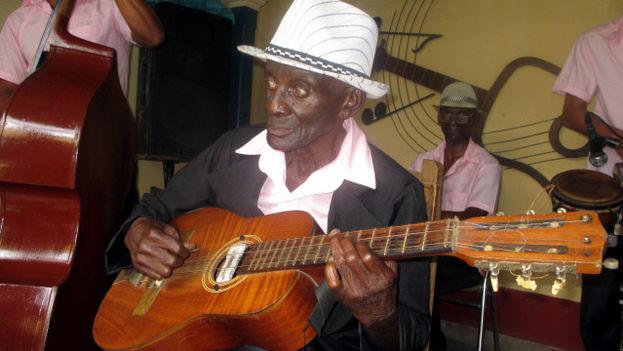 El músico Ricardo Simón Antonio. (14ymedio)
